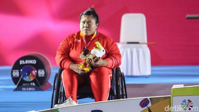 Sriyanti, atlet angkat berat over 86 kg di Asian Para Games 2018, Kamis (11/10). (Rifkianto Nugroho/detikSport)