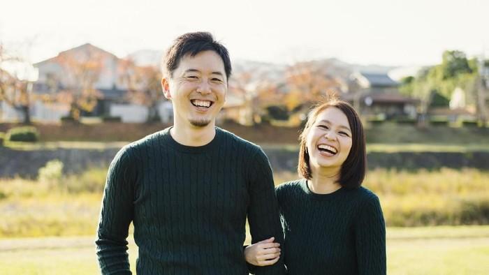 Ilustrasi pasangan bahagia. Foto: iStock