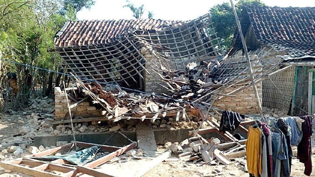 Dampak Kerusakan Gempa Situbondo di Sumenep Madura