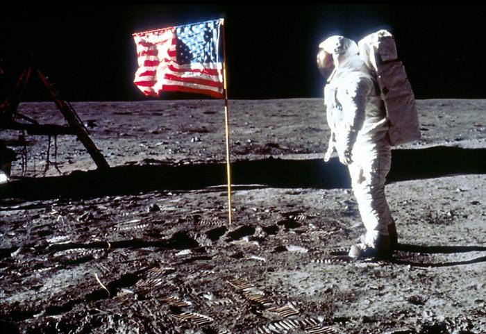Pendaratan di Bulan pada masa lalu. Foto: NASA/Liaison