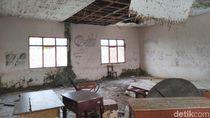 Bangunan Sekolah di Pusat Perkotaan Ciamis ini Terancam Roboh