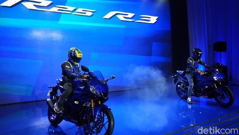 Yamaha R25 dan R3 Foto: Ridwan Arifin