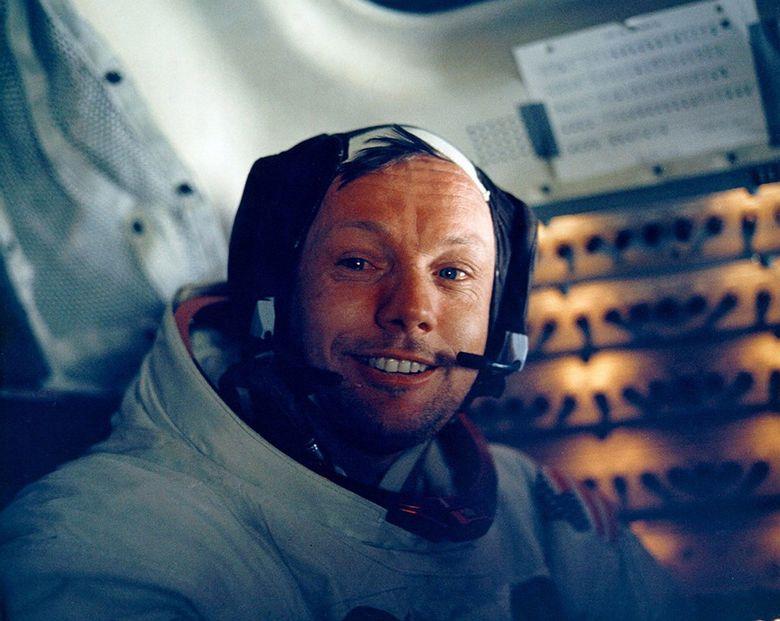Kisah Neil Armstrong diangkat ke layar lebar lewat judul First Man.NASA/Newsmakers