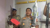 Diduga Hendak Tawuran, 12 Pelajar Bergolok Naga Ditangkap di Cakung
