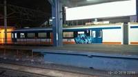 Kereta yang dicoret-coret itu tengah parkir di Stasiun Manggarai. Istimewa/Dok. PT Railink.