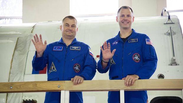 Astronot NASA Nick Hague dan Kosmonot Rusia Alexey Ovchinin