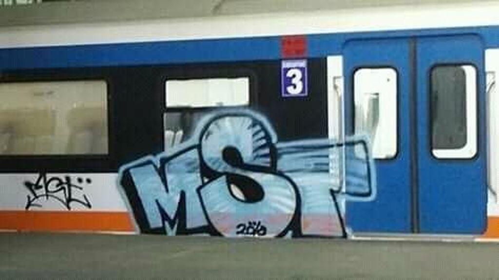 Duh! Setelah MRT, Giliran Kereta Bandara Soetta Dicoret-coret