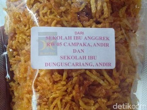 Krenyes Renyah Kentang Mustopa Khas Sunda untuk Korban Gempa Sulteng
