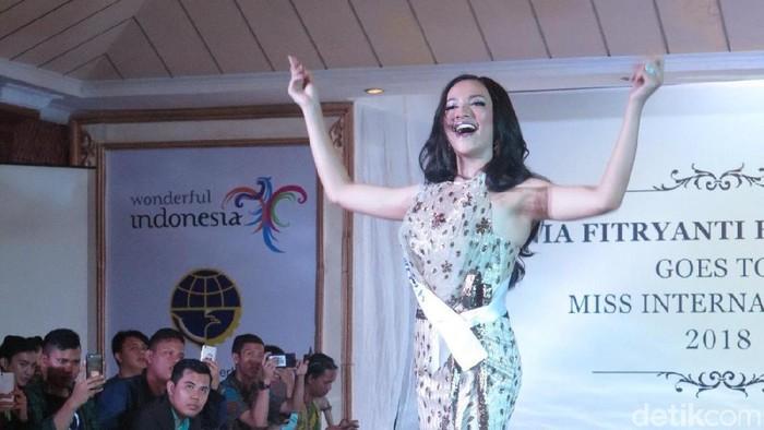 Rahasia kulit cantik Vania Fitryanti, Puteri Indonesia Lingkungan 2018. Foto: Anggi Mayasari/Wolipop