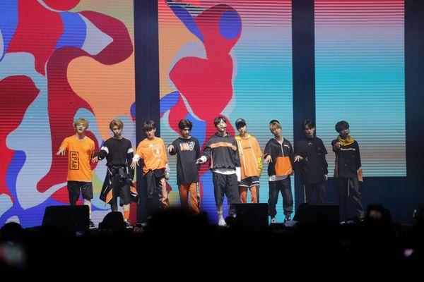Riuh Gemuruh Penampilan Stray Kids di Spotify On Stage 2018