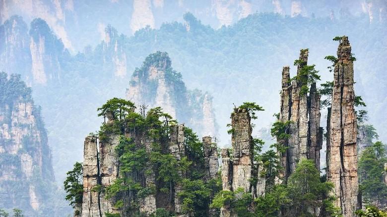 Pemandangan Pegunungan China