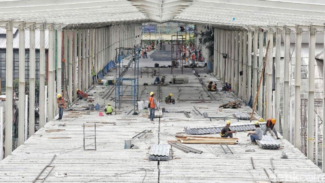 Konstruksi Skybridge Tanah Abang Masih 78%