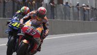 Rossi Tak Cemas, Meski Marquez Berpotensi Lewati Rekor-rekornya