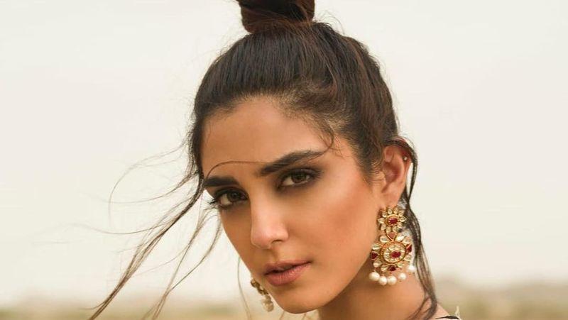 Foto: Namanya Maya Ali, artis, model dan VJ asal Lahore, Pakistan. (official_mayaali/Instagram)