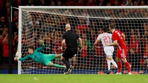 Timnas Spanyol menang 4-1 atas Wales.