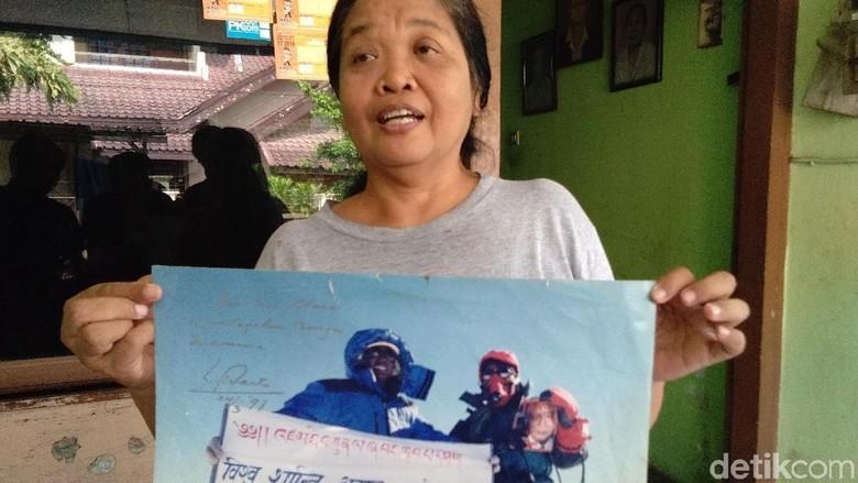 Clara Sumarwati, pendaki Indonesia pertama di puncak Everest (Usman Hadi/detikTravel)