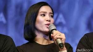 Dimas Anggara Siang sama Bunga Zainal, Malam dengan Nadine