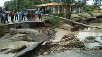 Banjir dan Longsor di Mandailing Natal Sumut, 10 Orang Tewas