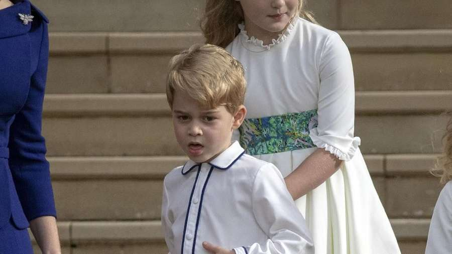 Tampang Jahil Pangeran George dan Charlotte di Nikahan Putri Eugenie
