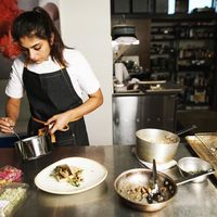 Kena Kanker, Chef Cantik Ini Ingin Santap Makanan Favoritnya di Sisa Hidupnya