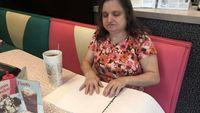 Inspiratif! Restoran Ini Sediakan Menu Braille untuk Pelanggan Tuna Netra