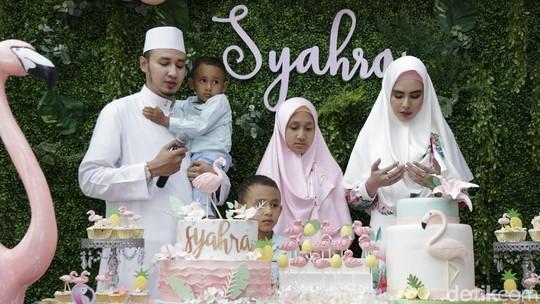 Mesranya Kartika Putri dan Habib Usman di Pesta Ultah Anak