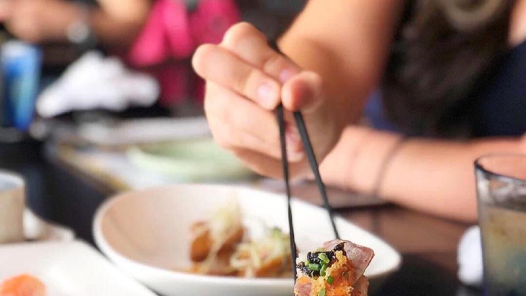 7 Hal Ini Sebaiknya Tak Anda Lakukan Saat Makan Sushi