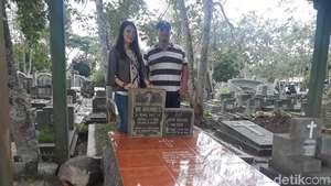 Ketika Luna Maya Ziarah ke Makam Suzzana