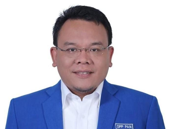 Wakil Ketua Komisi IX DPR, Wasekjen PAN