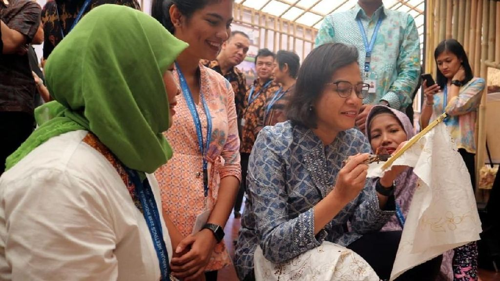 Piawainya Sri Mulyani Nyanting Hingga Jadi Vokalis di Bali
