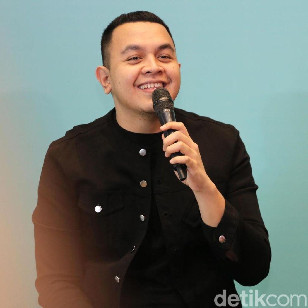 Tulus Siapkan Konser Monokrom Bulan Depan di Bandung