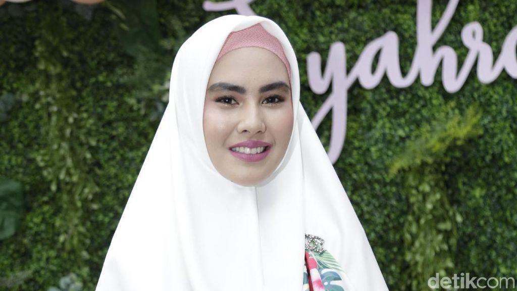 Kartika Putri, Luna Maya, Saleem 'Iklim' hingga Pengasuh Anak Olla Ramlan