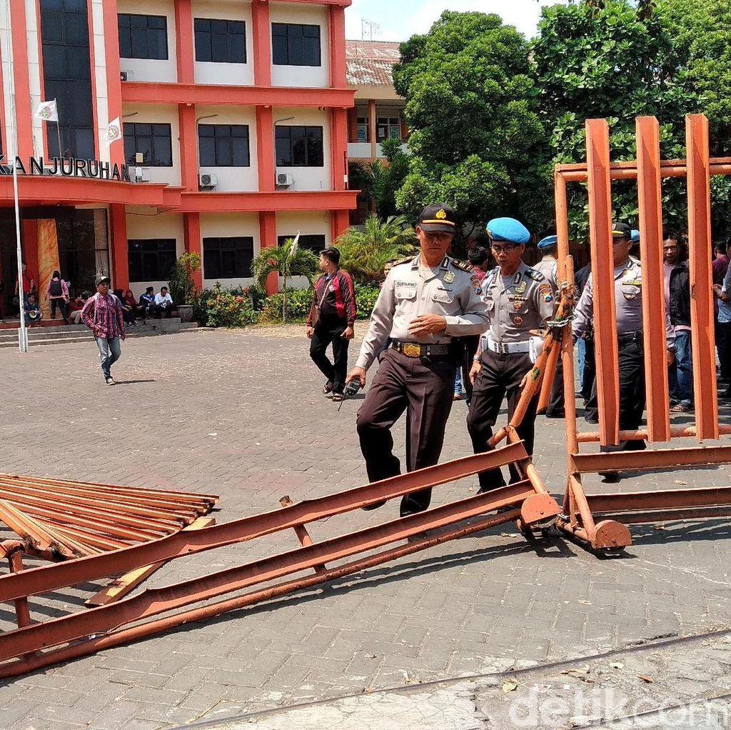 Kisruh Internal di Balik Bentrok Mahasiswa Universitas Kanjuruhan Malang