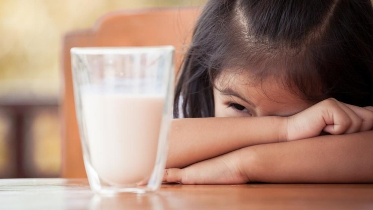 Asupan Alternatif untuk Si Kecil yang Alergi Susu Sapi