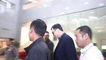 Ditangkap, Bos Lippo Billy Tersangka Suap Meikarta Tiba di KPK