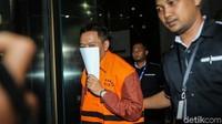 Ali Murtopo merupakan pihak swasta yang juga tersangka kasus suap.