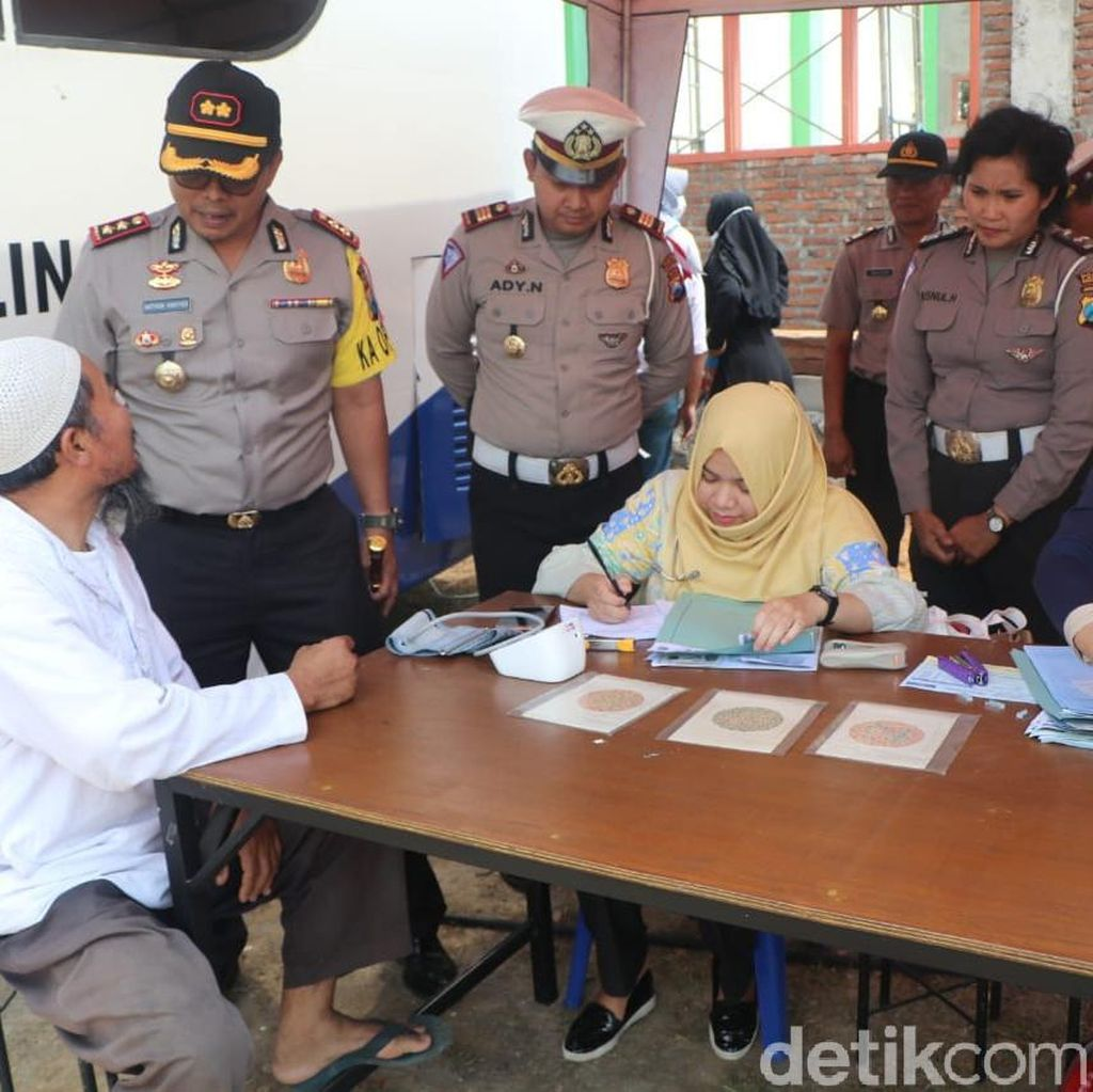 Begini Sinergitas Polisi-TNI Layani Warga Pedesaan