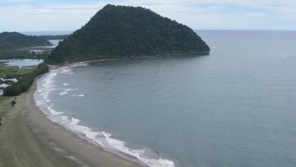 Pantai Geurutee, Hidden Gem di Aceh Jaya