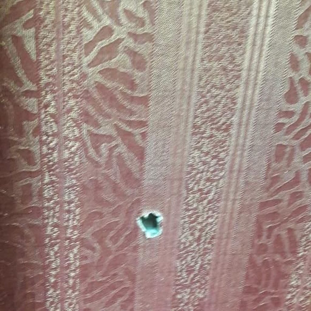 Foto-foto Penembakan Ruang Kerja Anggota DPR Gerindra dan Golkar