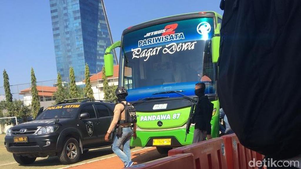 23 Napi Teroris Polda Jatim Dipindahkan ke Jakarta