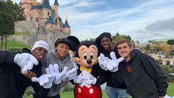 Jago di Lapangan, Begini Kalau Pogba dan Mbappe Main di Disneyland