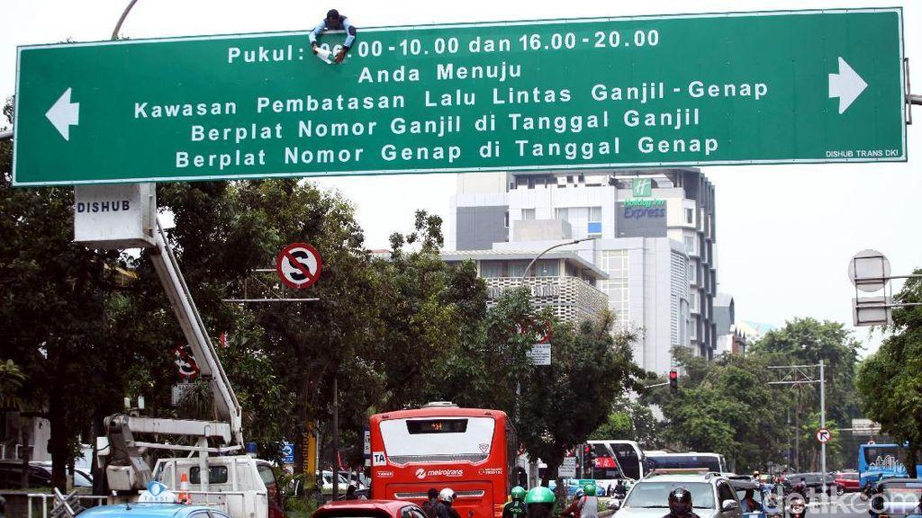 Macet Jakarta Diklaim Turun, Perlukah Ganjil Genap 15 Jam?