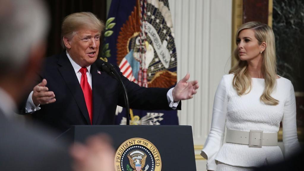 Trump Bela Putrinya yang Pakai Email Pribadi untuk Urusan Pemerintah