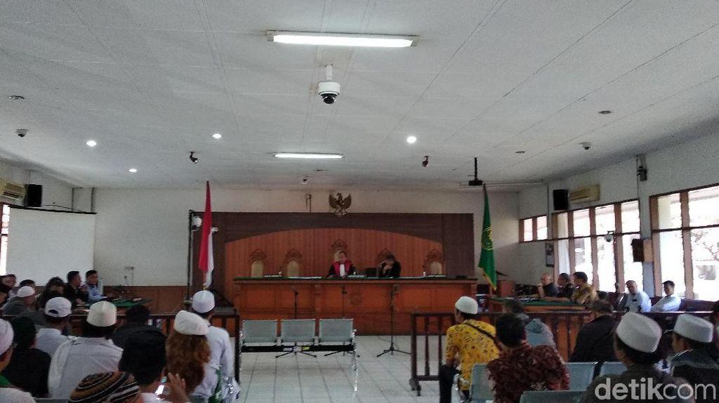 Kubu Habib Rizieq Minta Hakim Tolak Praperadilan Sukmawati