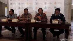 Rektor UGM Jelaskan Soal Pencabutan Izin Seminar Sudirman Said