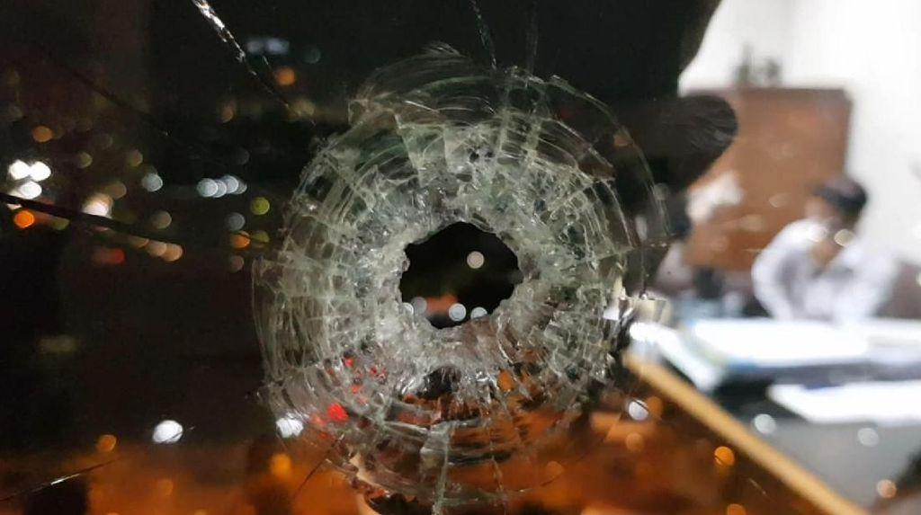 Polisi Sita Senpi Anggota Perbakin yang Tembak Gedung DPR