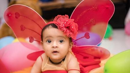 27 Nama Bayi Kembar Perempuan dari India beserta Maknanya