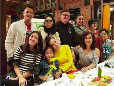 Lihat deh, Bun,Luna Maya dekat banget dengan anak Widi Mulia, Widuri Putri Sasono. (Foto: Instagram @lunamaya)
