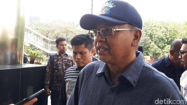 Bupati Malang, Rendra Kresna memenuhi panggilan KPK sebagai tersangka, Senin (15/10/2018)