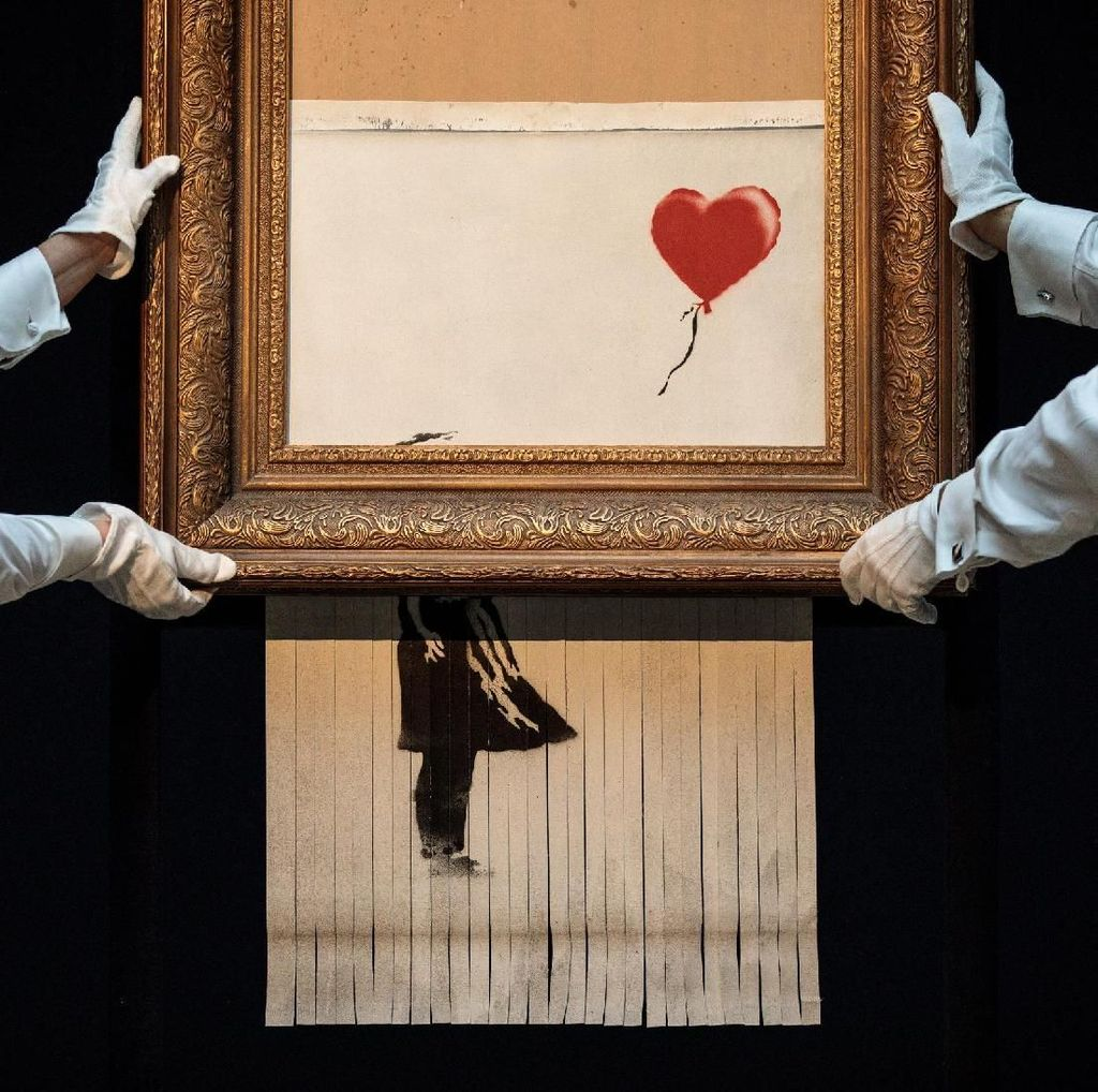 Ribuan Orang Antre untuk Lihat Lukisan Banksy Rp 20 M di London